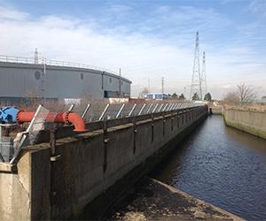 Zaun Thames water